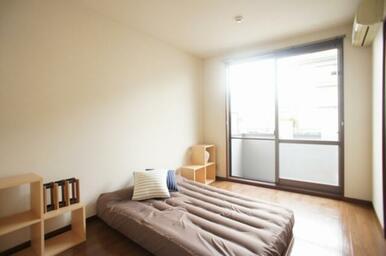 ☆寝室家具配置イメージ☆  ※モデルルームの為家具は付いておりません。